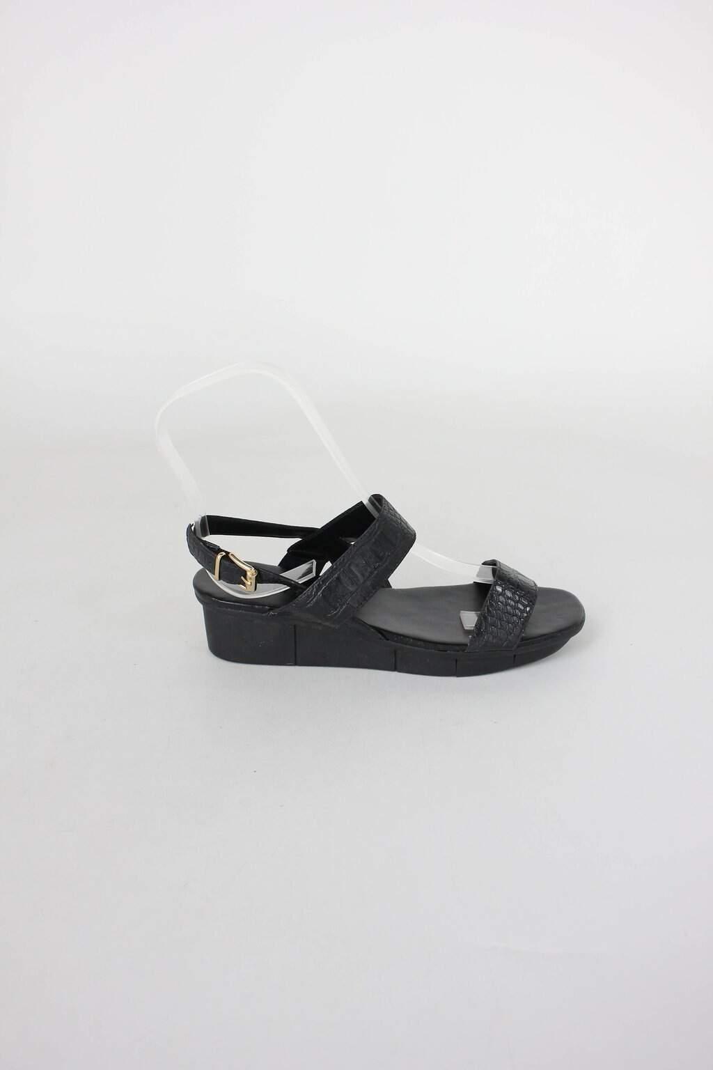 Sandalia Plataforma baixa arezzo feminina preta