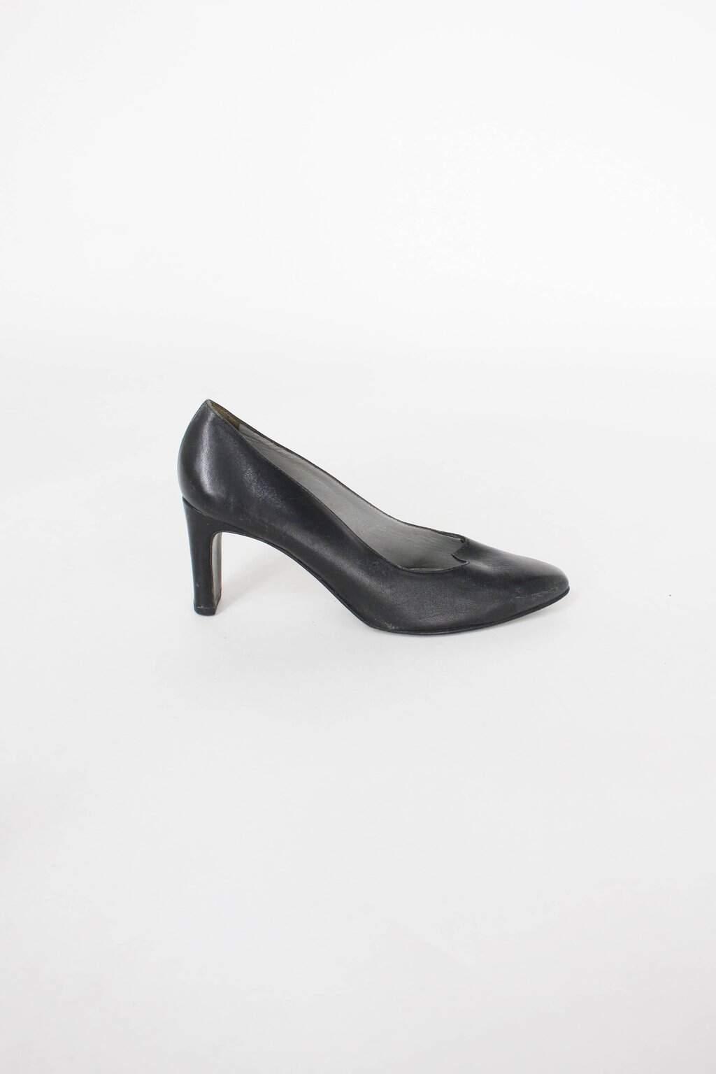 Sapato claudina feminino preto