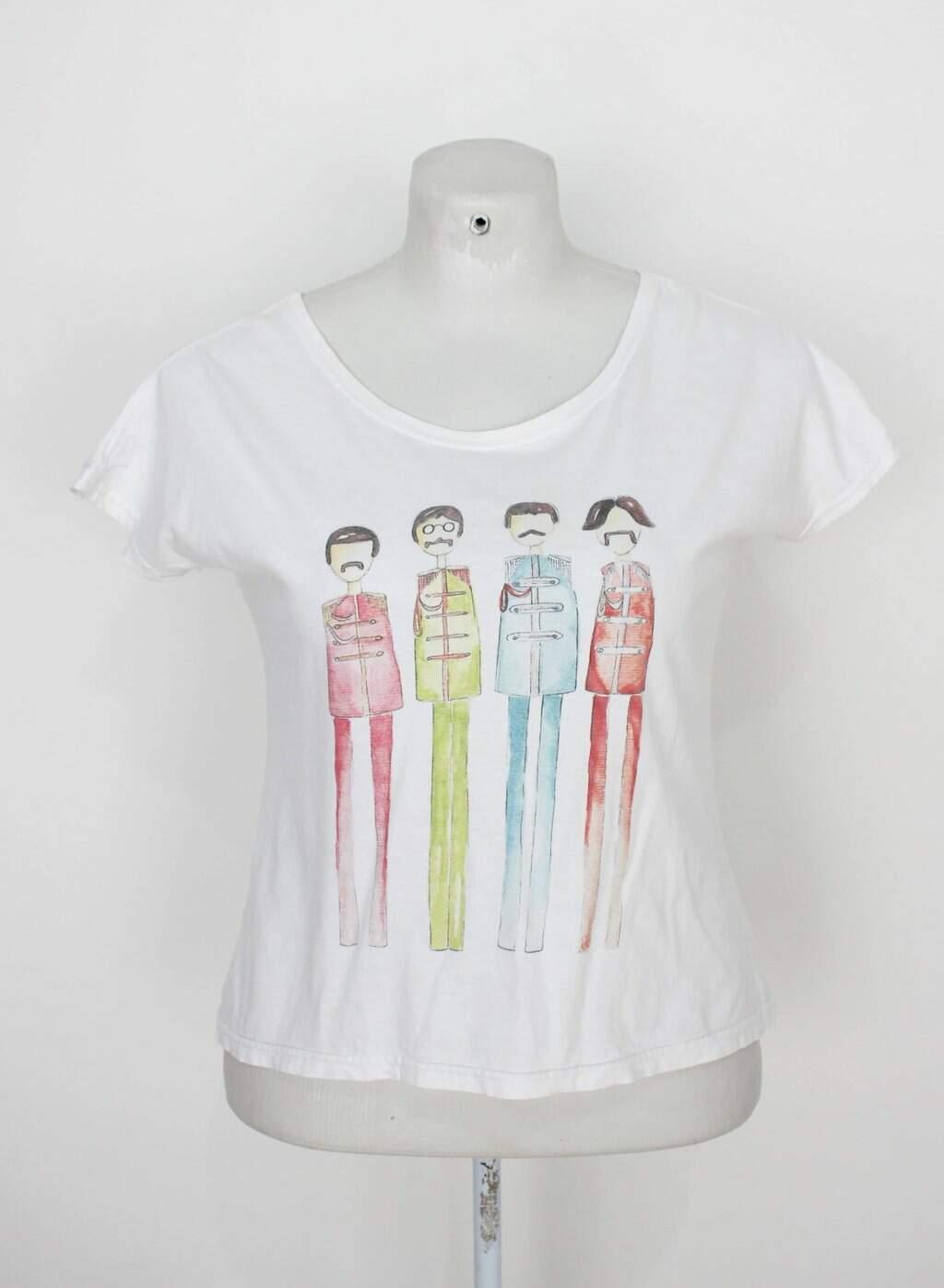 Blusa Touts Feminina Branca Com Estampa Beatles