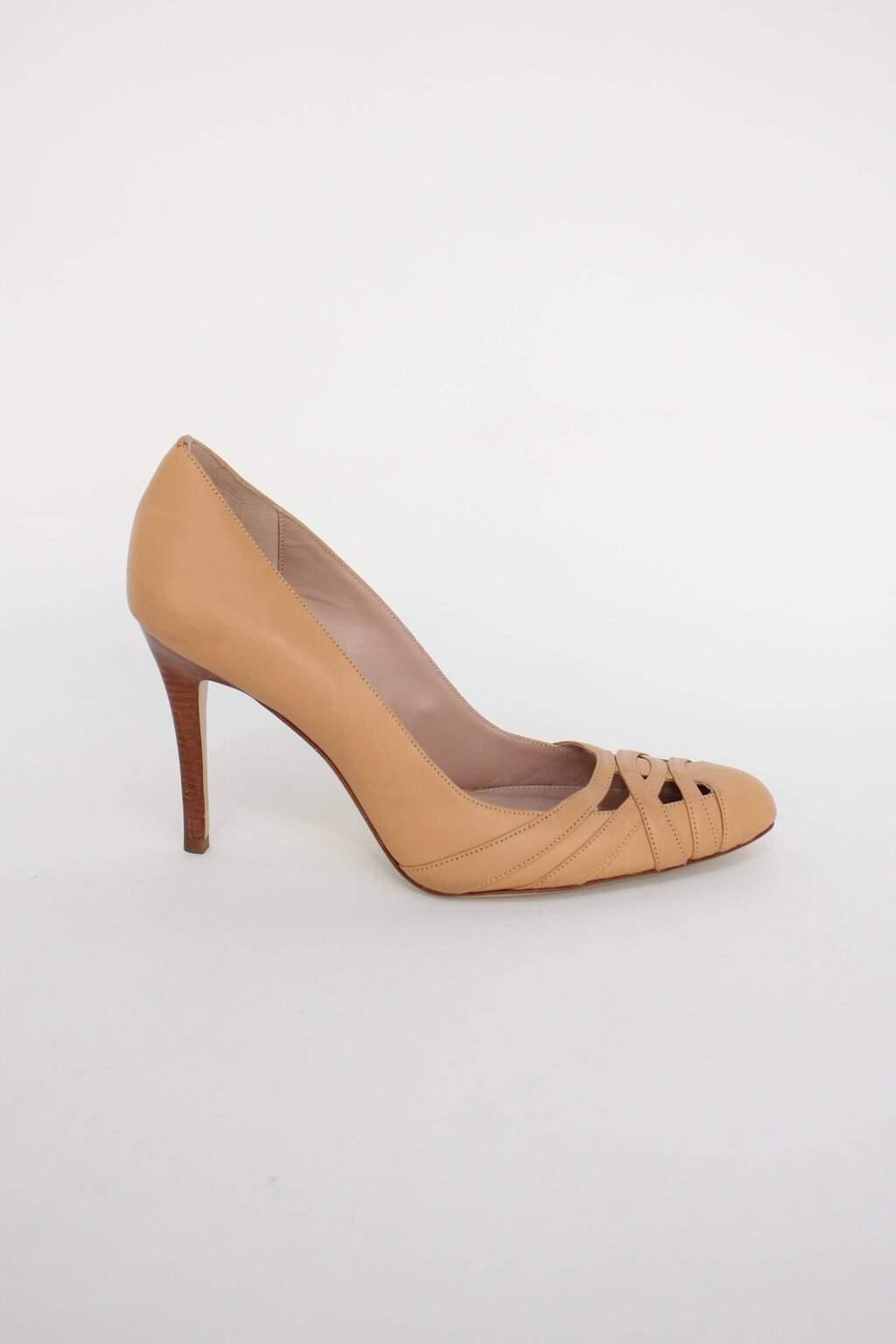 Sapato Agulha Bege