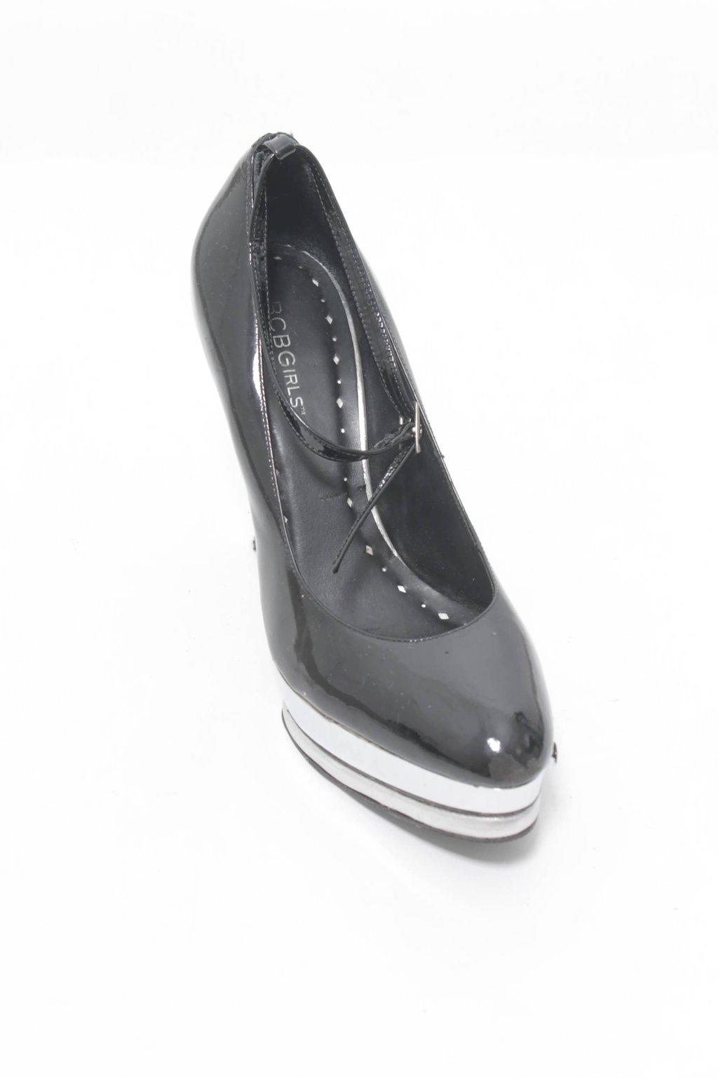 Sapato Preto Envernizado BCBGirls