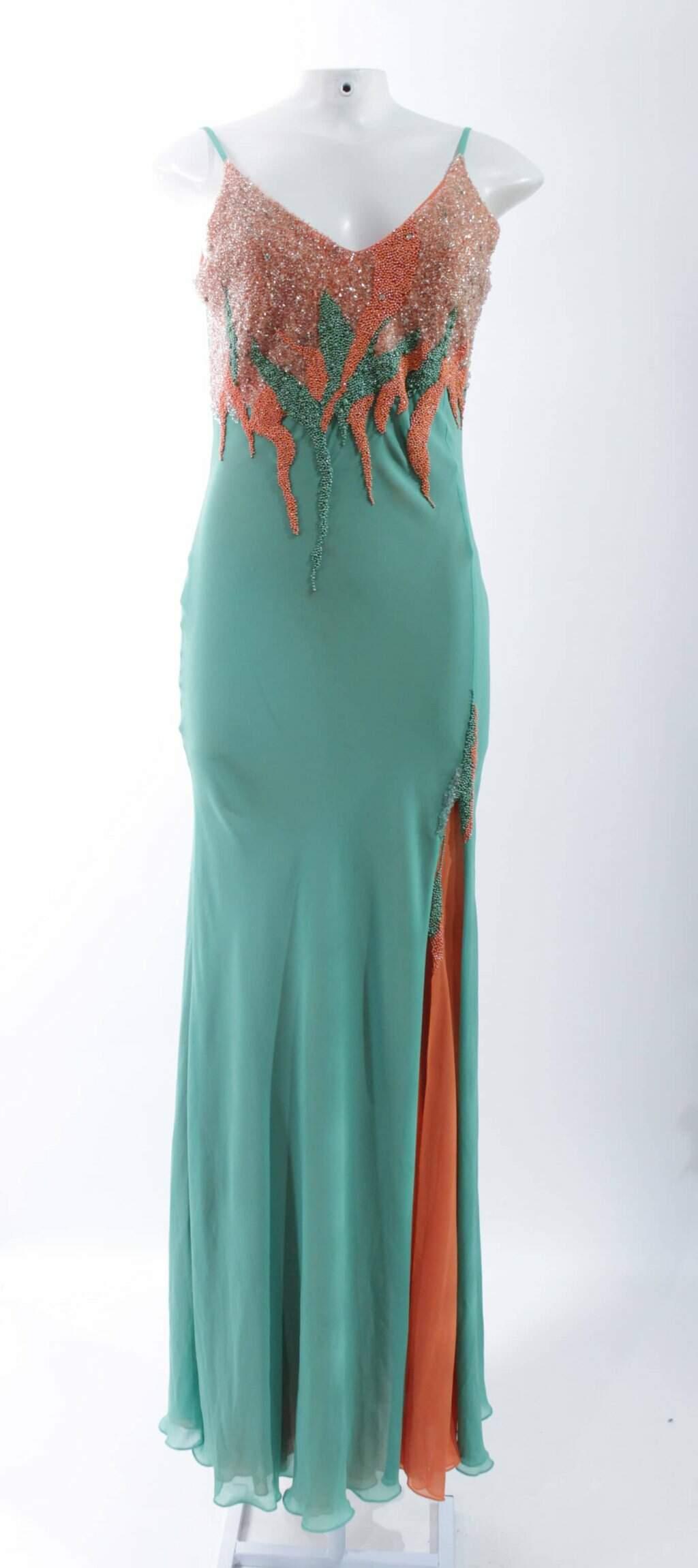 Oferta Vestido Verde Arte Sacra por R$ 375