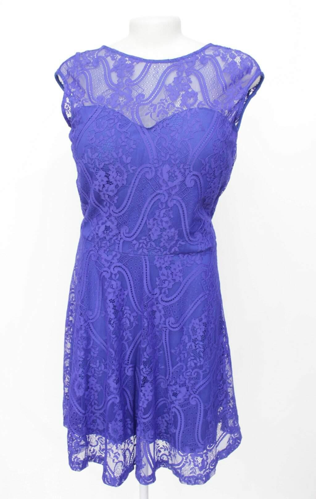 Vestido Curto Azul com Renda Sym