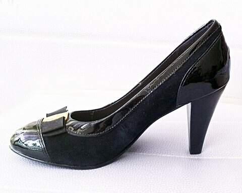 Sapato Preto ?Why com detalhes em verniz_foto de frente