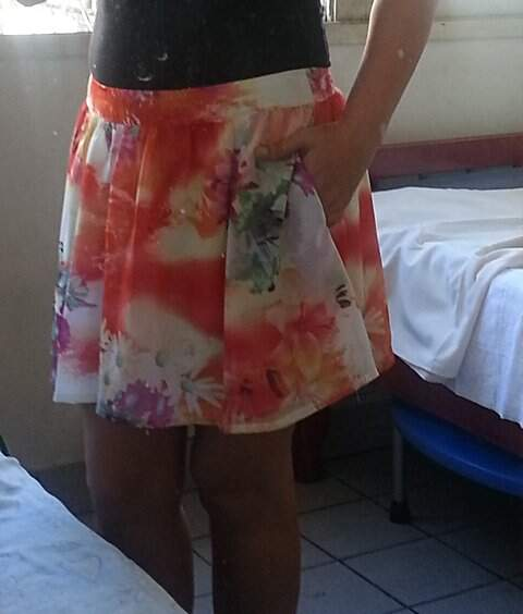 Saia Curta Floral_foto de costas