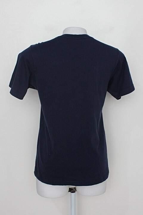 Camiseta elcabriton feminina azul marinho estampada_foto de costas