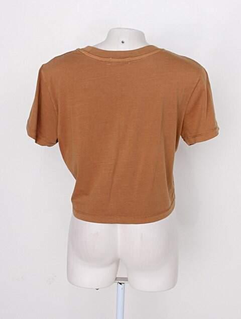 Blusa cropped cotton on feminina marrom_foto de costas