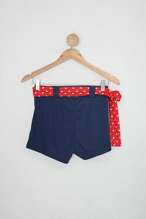 Shorts pin up feminina azul  com Faixa na Cintura_foto de costas