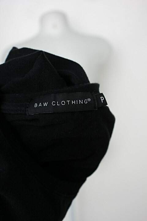 Camiseta masculina preta baw clothing_foto de detalhe