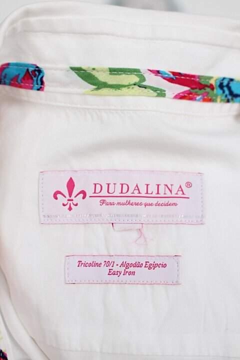 Camisa manga longa dudalina feminina branca_foto de detalhe