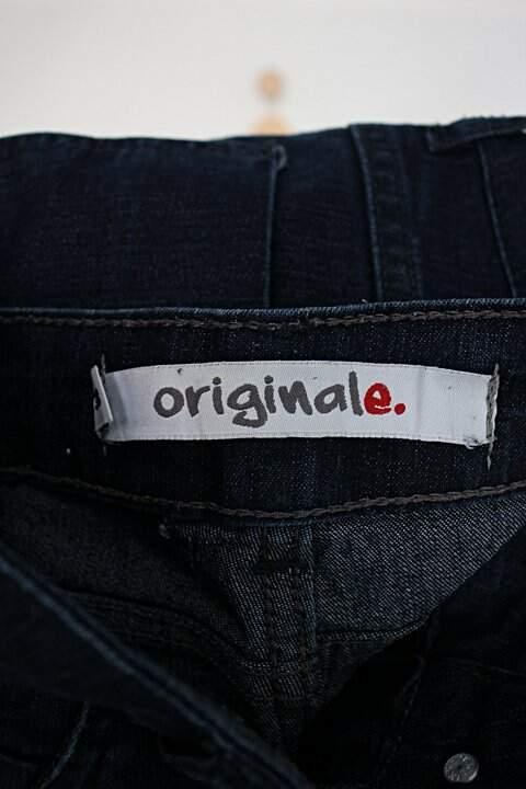 Calça jeans skinny originale feminina azul denim escuro_foto de detalhe