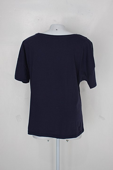 Camiseta feminino roxo_foto de detalhe