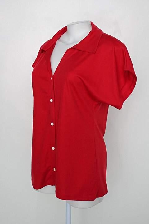 Blusa feminina vermelha com gola colarinho_foto de costas