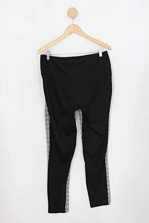 Calça de tecido beautt feminino preto estampado_foto de costas