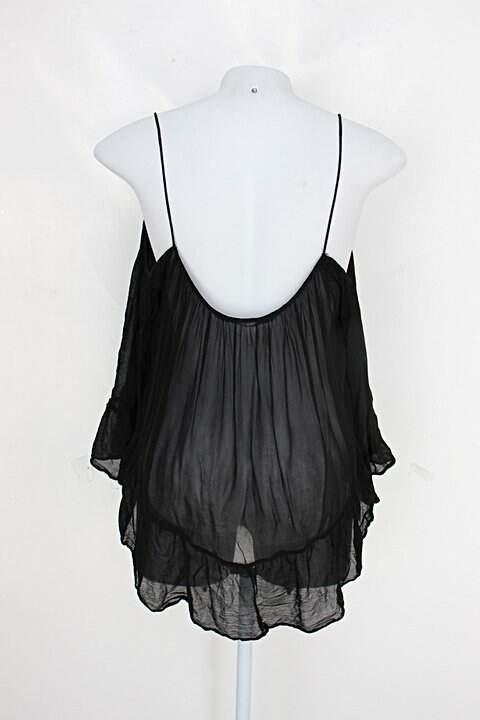Blusa zara feminina preta de crepe com manga longa_foto de detalhe