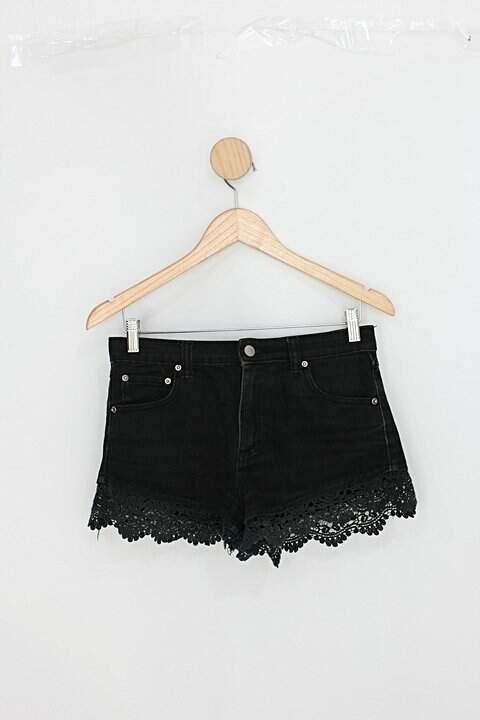 Shorts jeans feminino preto com Renda_foto principal