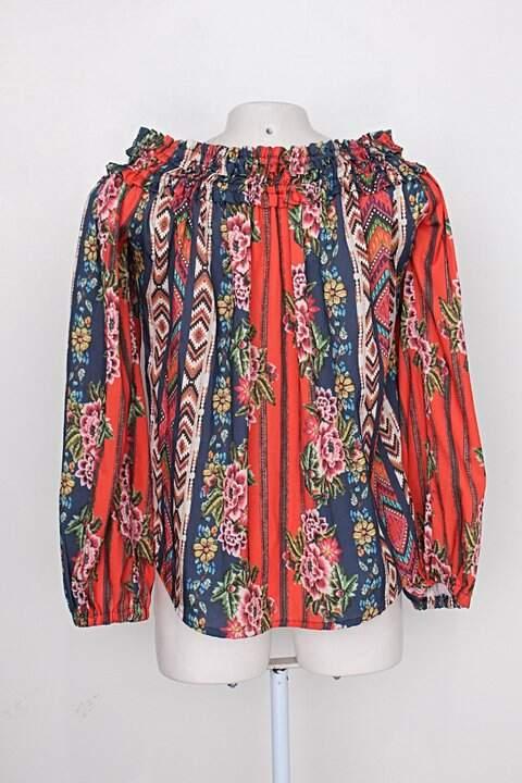Blusa artsy feminina estampada ampla_foto de costas