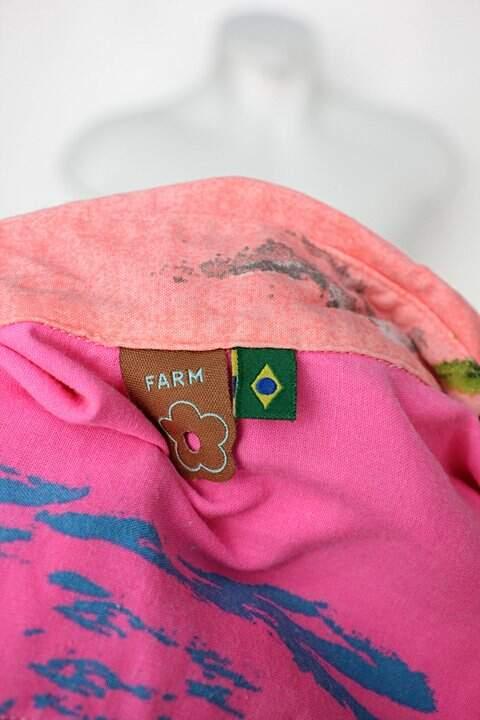 Camisa farm feminina estampada com Barra Mullet_foto de detalhe