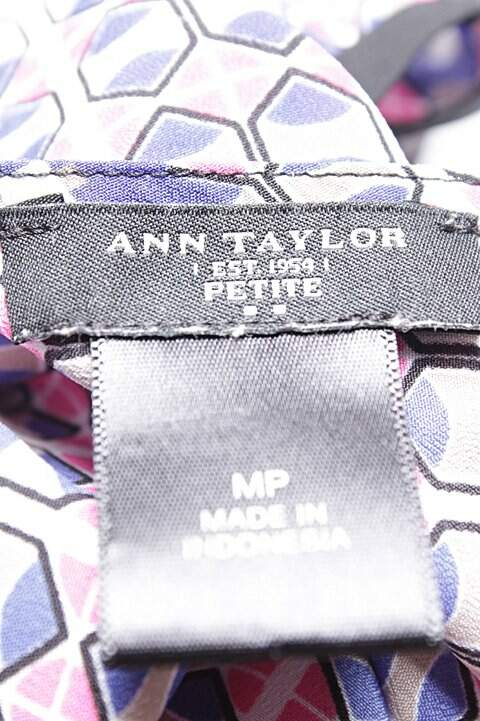 Blusa Regata Ann Taylor Estampa Geométrica_foto de costas