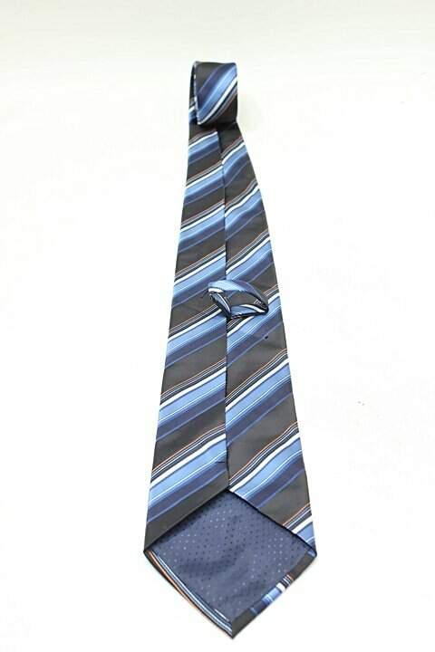 Gravata Listras Tons de Azul E Laranja _foto de frente