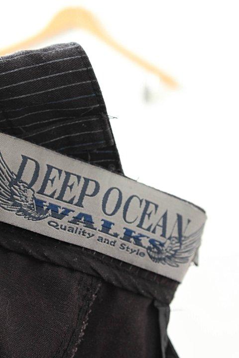 Shorts Deep Ocean Listras _foto de costas