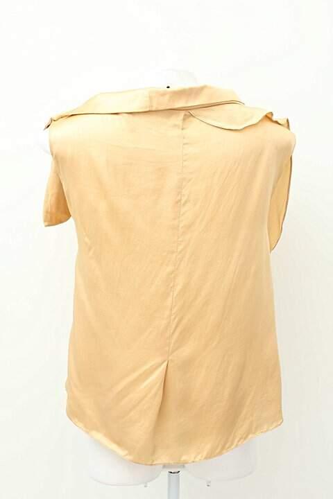 Blusinha Dourada Com Laço_foto de costas