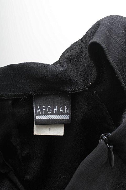 Calça Reta Preta Afghan_foto de costas