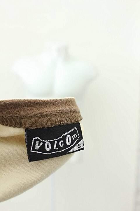 Camiseta Volcom Bege Estampa_foto de costas