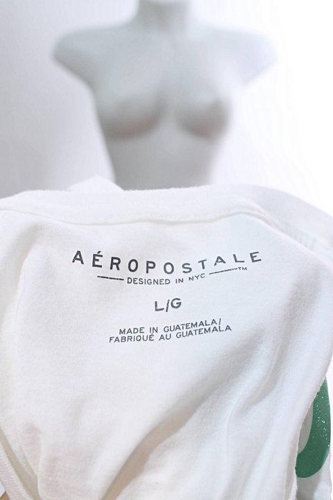 Camiseta Branca Aeropostale_foto de costas
