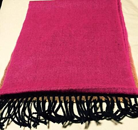 Pashmina Cashmere Softer Than D&Y Degradê_foto de costas