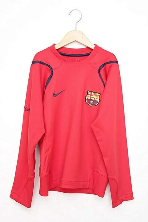 e9e2760c383fe Agasalho Vermelho Nike Barcelona foto principal