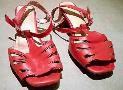 Sandália de Couro Vermelha_