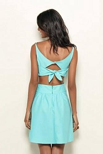 Vestido com Recorte  Azul Claro_