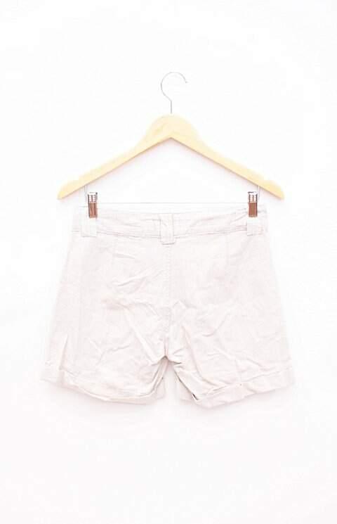 Shorts Bege Xadrez Renner_foto de costas