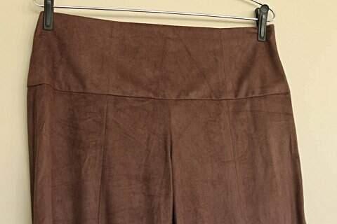 Calça Pantalona Thelure Veludo Marrom - TAM 42_foto principal