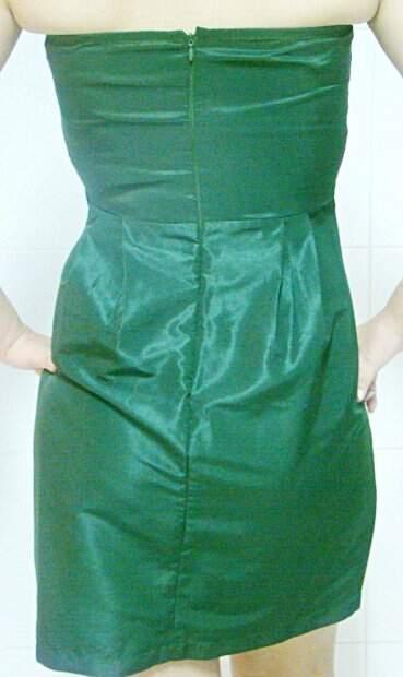 Vestido Tomara Que Caia Cetim Verde_foto de costas