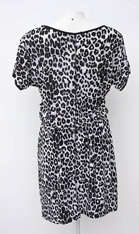Vestido plus size animal print viva_foto de costas
