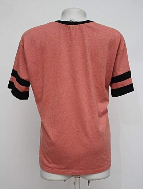 Camiseta coral manacá_foto de costas