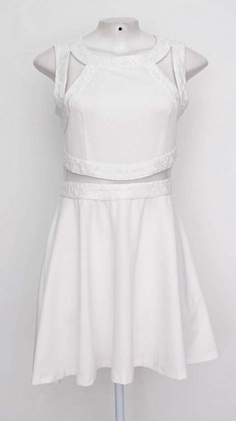 Vestido branco com renda_foto principal