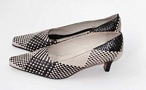 Sapato Preto & Off White Lady Madam _foto de frente