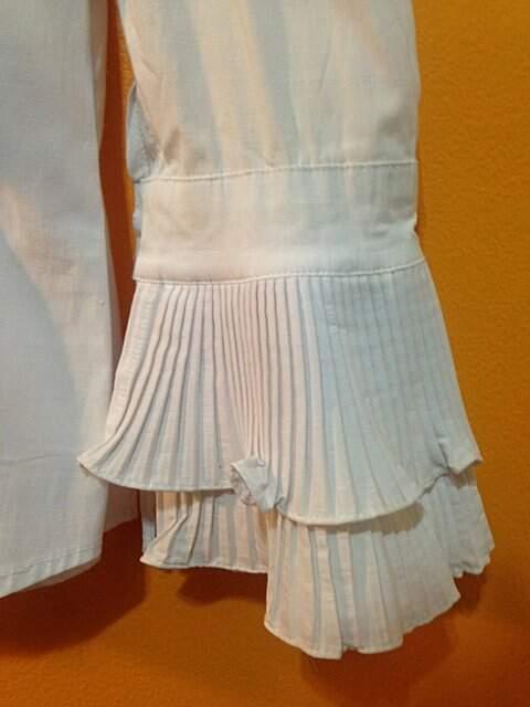 Camisa Branca com Babados_foto da etiqueta