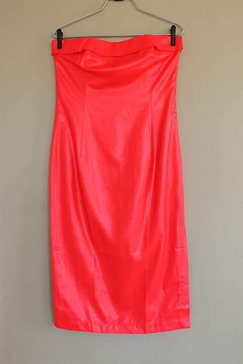 Vestido Vermelho Neon Paul & Joe Paris - TAM 40._foto de frente